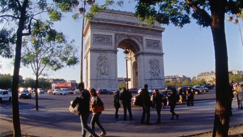 Arc De Triomphe shot on a Bolex Super 16